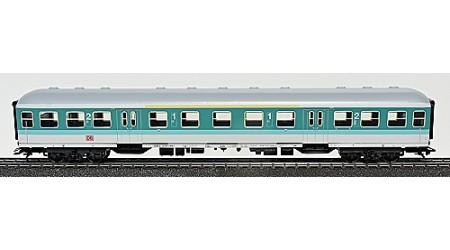 Märklin 4258 / 4260 Nahverkehrswagen und Personenwagen City-Bahn