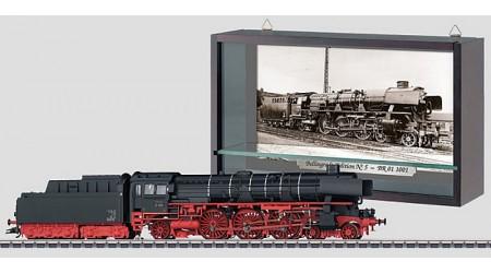 Märklin 37104 Dampflokomotive mit Schlepptender BR 01.10 der DB