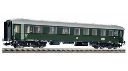 Fleischmann 5745 Schnellzugwagen 1./2. Klasse AB4üpe der DR, Epoche III