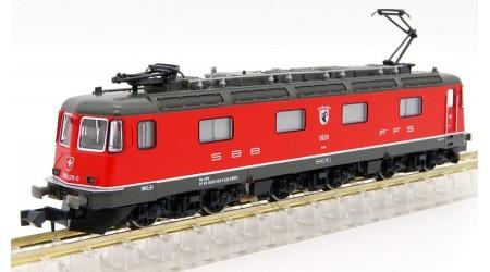 Kato / Hobbytrain 10173 Elektr. Lokomotive Re 6/6 SBB mit Klimaanlage rot, Epoche V-VI